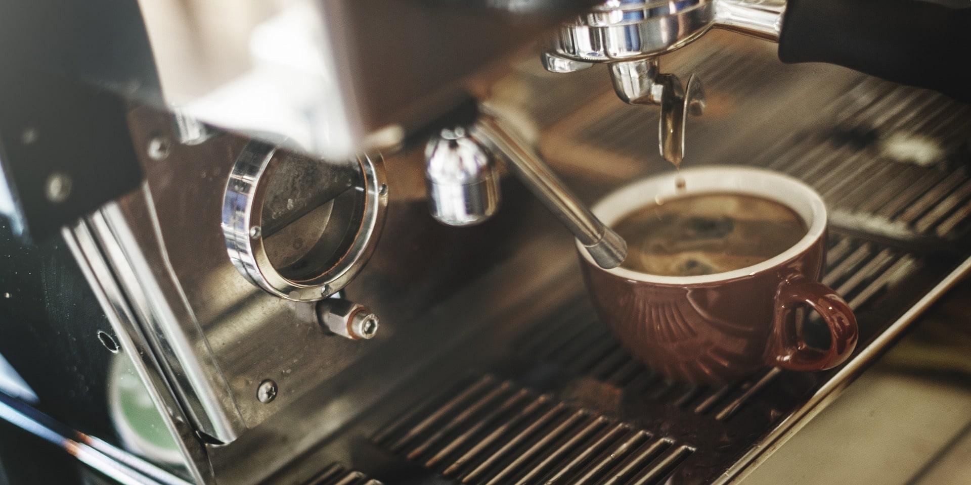 Kaffee aus dem Automaten